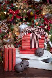 christmas christmas tree books diy 241 best holiday decorating images on pinterest holiday