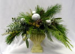 christmas table arrangements winnipegflowers com rustic forest a