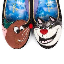 cinderella light up shoes size 7 8 you can buy cinderella high heels and i m so excited i might puke