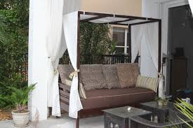 outdoor canopy bed ana white outdoor canopy daybed diy projects