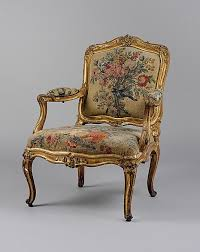 vintage sofas and chairs 166 best timeless couches sofas chairs or armchairs with the