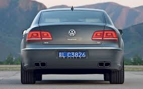 volkswagen car models volkswagen phaeton reviews research new u0026 used models motor trend