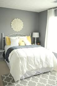 guest bedroom decorating ideas guest bedroom 4 statement wall guest bedroom decorating ideas on a