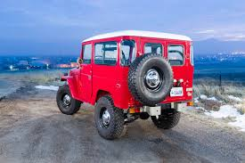 Early Morning Photo Shoot For Red Toyota Land Cruiser Dav D