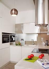 küche einrichten sehr kleine küche einrichten kuche wohnung ideen die platz sparen