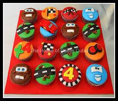lightning mcqueen cakes mcqueen cupcakes 2