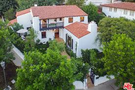 buy home los angeles charlie hunnam news sons of anarchy actor buys house in los