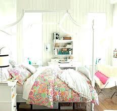 pas de chambre pour bébé lit baldaquin pour enfant lit baldaquin bois pas cher chambre pour