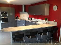 table de cuisine en stratifié cuisine en u avec table coin repas 13 haute lzzy co