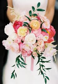 wedding flowers questions to ask key questions to ask your wedding florist before you book it