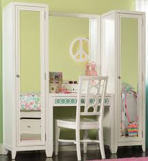 Unique Bedroom Vanities Teenage White Wooden Make Up Table And White Leather Upholstered