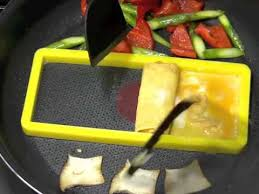 accessoire cuisine japonaise accessoires de cuisine japonais tamagoyaki set par a vos