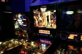 best arcade bar options in los angeles for drinks and games