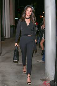 selena gomez casual selena gomez s 10 best style moments vogue