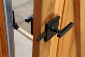 oval contemporary lever gate latch 360 yardware