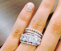 Stacked Wedding Rings by How To Wear Rings Like A Celebrity Engagement Ring And Pretty Rings