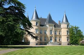 a selection of beautiful french country estates saptamana financiara