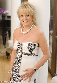 how to get hair like sherrie from rock of ages sherrie hewson reveals secret attack by coronation street co star