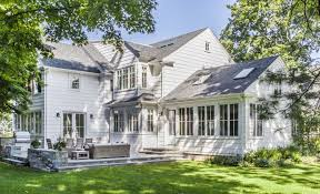 colonial style serene colonial style home in the suburbs of massachusetts