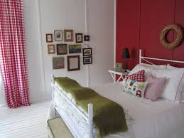 Inexpensive Bedroom Decorating Ideas Easy Bedroom Makeover
