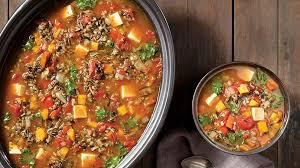 cuisine legume soupe aux légumes au riz sauvage et au tofu à la mijoteuse
