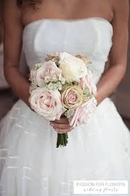 wedding flowers roses wedding bouquets vintage roses vintage wedding flowers a guide