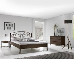 chambre fer forgé les lits en fer forgé brayé l de vivre cuisines literie