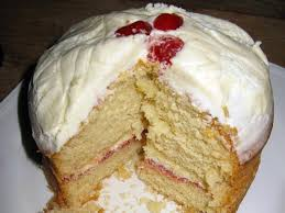 cake sponge and cream food types cookit