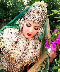 indonesian brides bald is beautiful 17 unbelievable wedding beauty looks around the