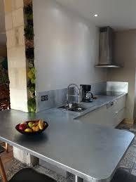 plan de travail cuisine en zinc plan de travail cuisine en zinc ambiance provenaale plan de