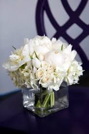 white floral arrangements best 25 white floral arrangements ideas on table