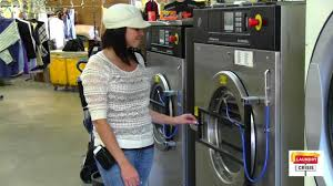 Wash Comforter In Washing Machine How To Wet Clean A Dry Clean Velvet Comforter In Water Youtube