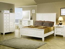 Distressed White Bedroom Furniture Sets King Bedroom Old Style King Size Bedroom Sets And Black