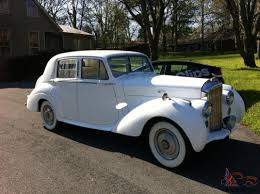 wedding bentley bentley r type wedding car white on white