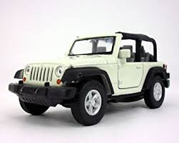 jeep cars white amazon com welly jeep wrangler rubicon 4 25 inch diecast model toy