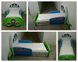 Little Tikes Toddler Bed Little Tikes Buzz Lightyear Spaceship Toddler Bed And New Serta