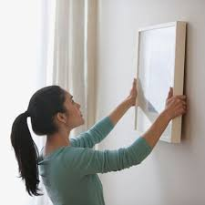 How To Hang Pictures On A Wall How To Hang Pictures On A Wall