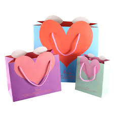pink gift bags heart shaped gift bags wedding gifts bag pink blue white green
