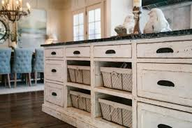 shabby chic kitchen furniture shabby chic cuisine cozy and nostalgic with a flair