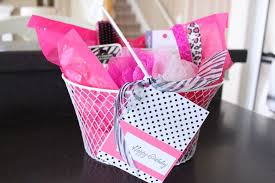 makeup gift baskets makeup gift bag ideas mugeek vidalondon