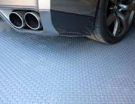 durable coin and ribbed roll out vinyl flooring