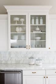 Kitchen Counter Backsplash by Best 25 Calcutta Marble Backsplash Ideas On Pinterest Dream