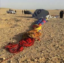 1 dead 12 tourists injured in egypt air balloon crash abc news