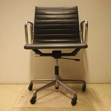 bureau herman miller eames charles herman miller fauteuil de bureau modèle