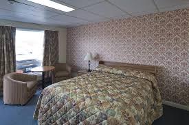 Bulk Barn Cornwall Hours Century Motel Cornwall Canada Booking Com