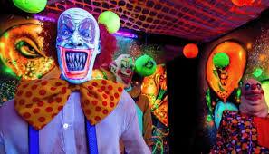 trailer documentary u0027haunters art of the scare u0027 profiles
