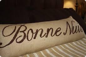 bonne nuit lumbar pillow