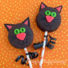 How To Make Halloween Cake Pops Black Cat Snack Cakes Hungry Happenings