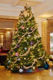 hotels with best christmas decorations and holiday displays photos