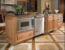 wellborn forest cabinets reviews kitchen cabinets in crystal river kitchen remodeling kitchen